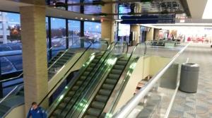 airport escalactors